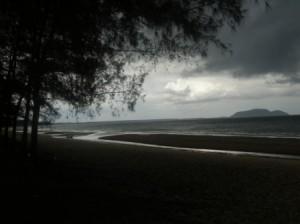 Bang Saphan Yai before the afternoon's rains