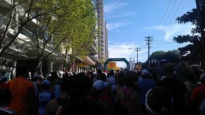 The start line for the Blackmore 9k Bridge Run