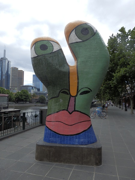 A abstract face sculpture at Melbourne's Southbank