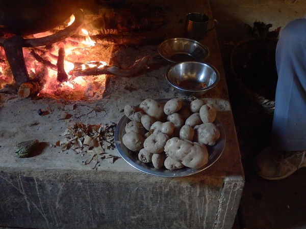 Nepal - Potatatoes cooked on a fire