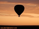 air-balloon-at-sunset-th