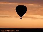 air-balloon-at-sunset-th